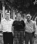 El Celebrador and Family / El celebrador y su Familia